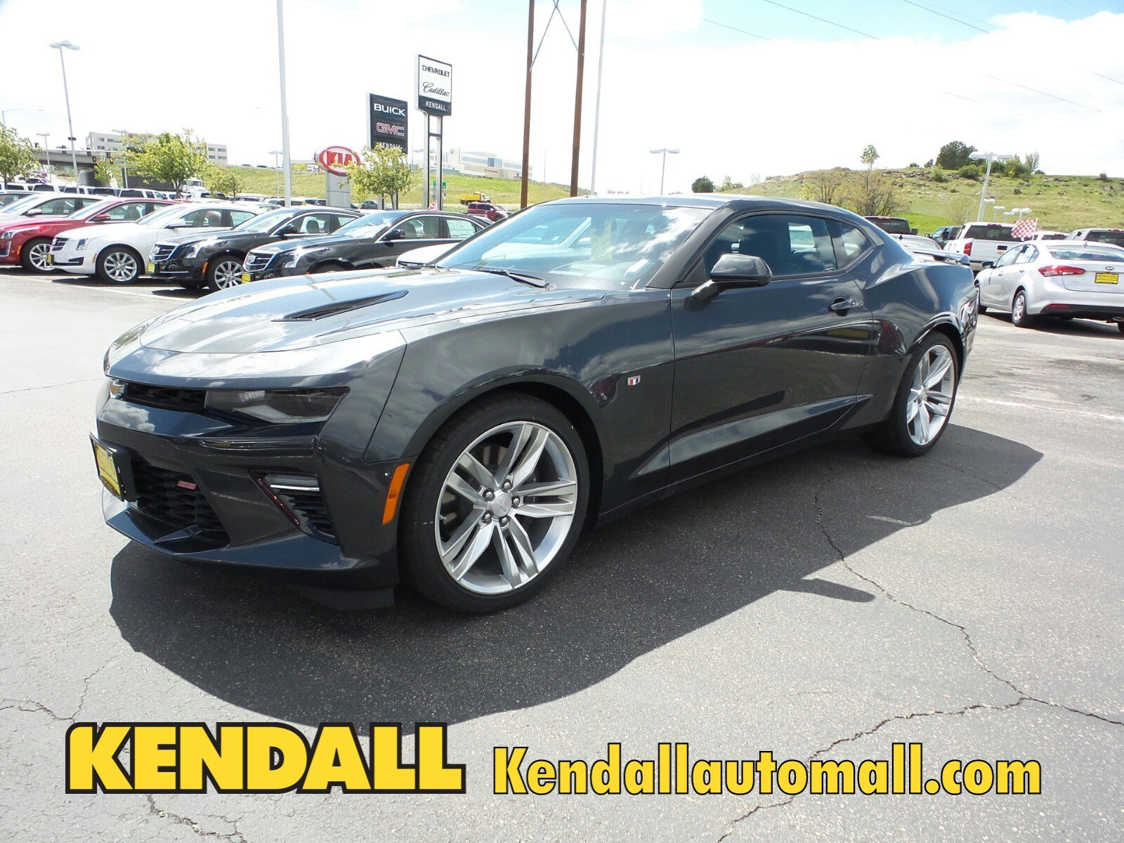 new 2017 chevrolet camaro ss in nampa 170023 kendall at the idaho center auto mall. Black Bedroom Furniture Sets. Home Design Ideas