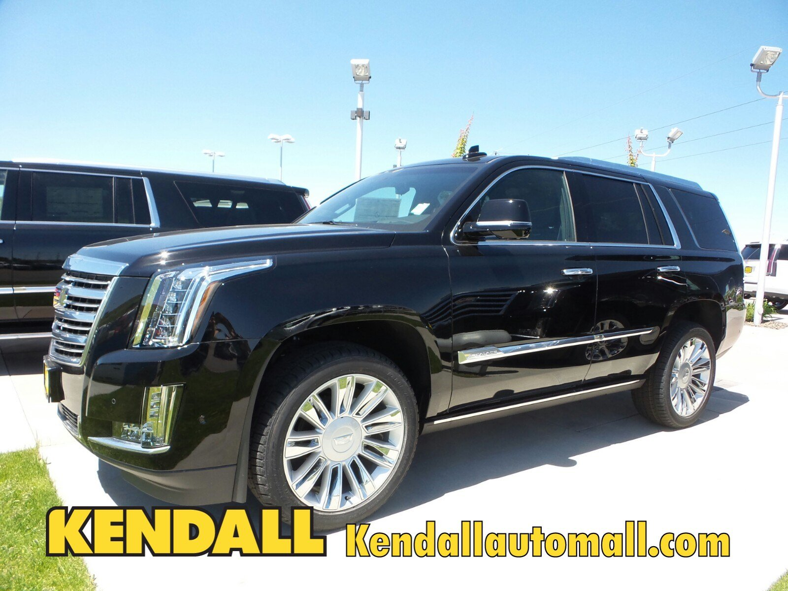 new 2017 cadillac escalade platinum 4wd in nampa 37057 kendall at the idaho center auto mall. Black Bedroom Furniture Sets. Home Design Ideas